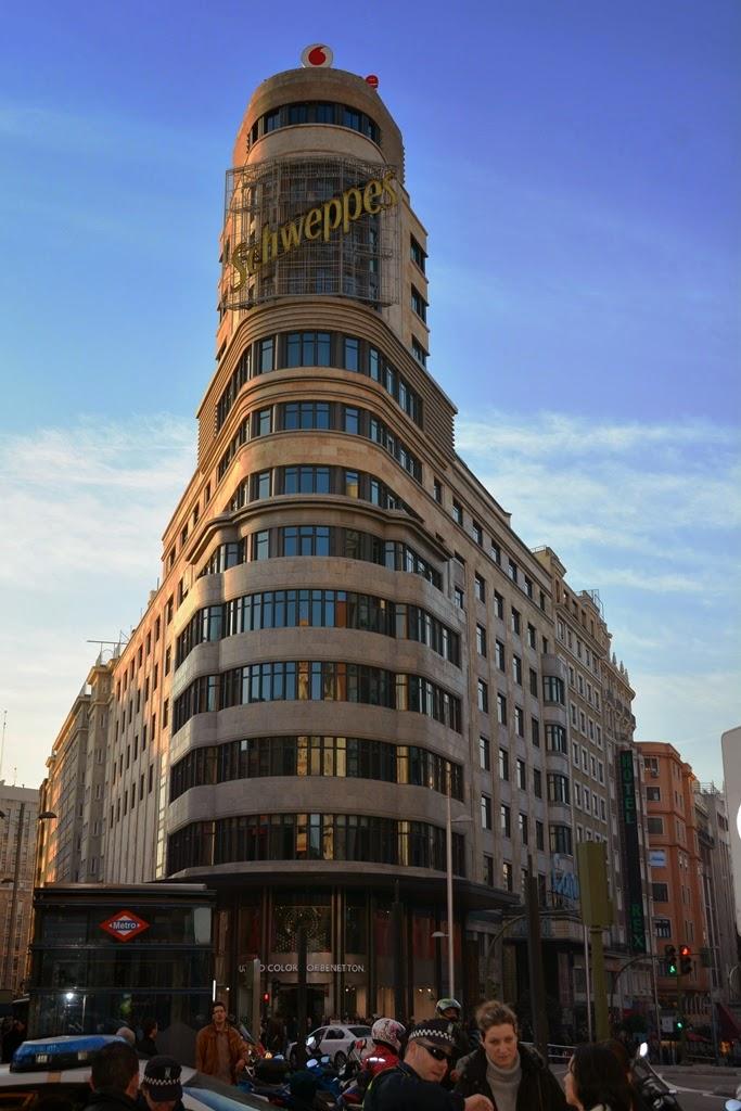 Plaza del Callao Madrid Schweppes
