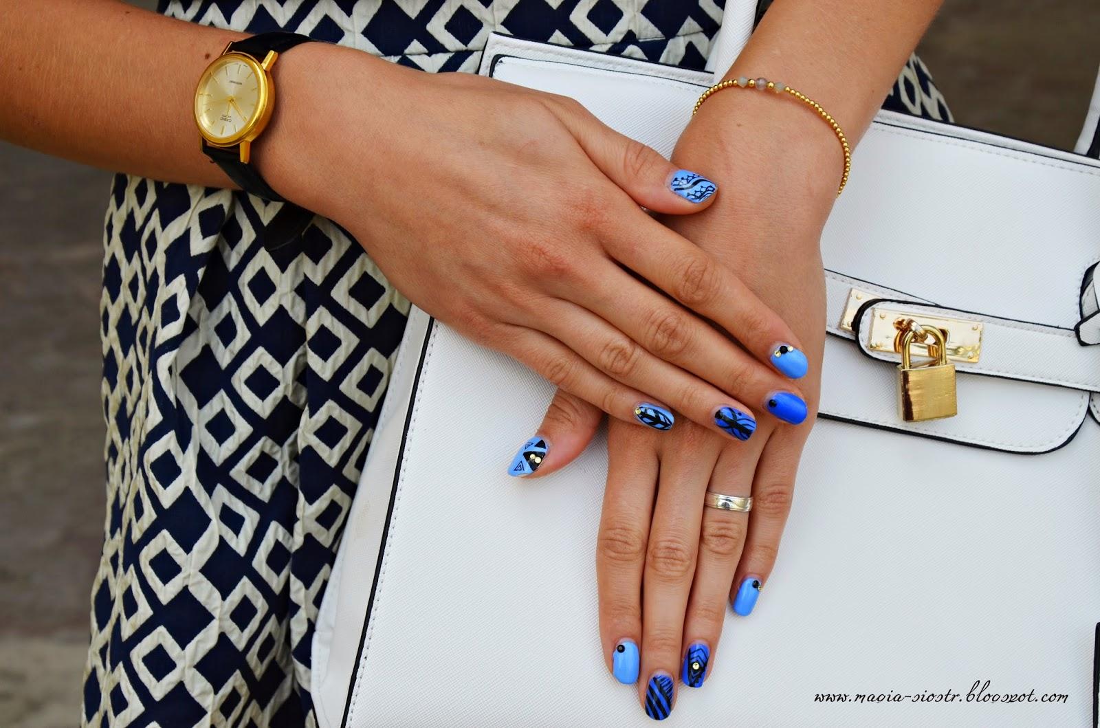 Elegancki zegarek CASIO, delikatna bransoletka, nails art, stylizacja paznokci akademia pięknych włosów