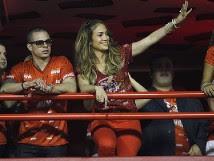 Jennifer López y Fergie animan el carnaval en Brasil