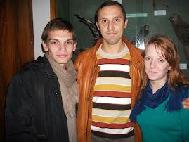 Alături de elevii Laurenţiu Marian şi Ionela Dumitraşcu, Muzeul de Ştiinţe Naturale, 8.10.2013..