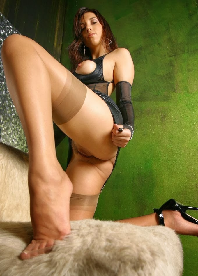 Milf or Mistress ~ A Real Phone Sex Pro: http://milfs-and-mommies.blogspot.com/