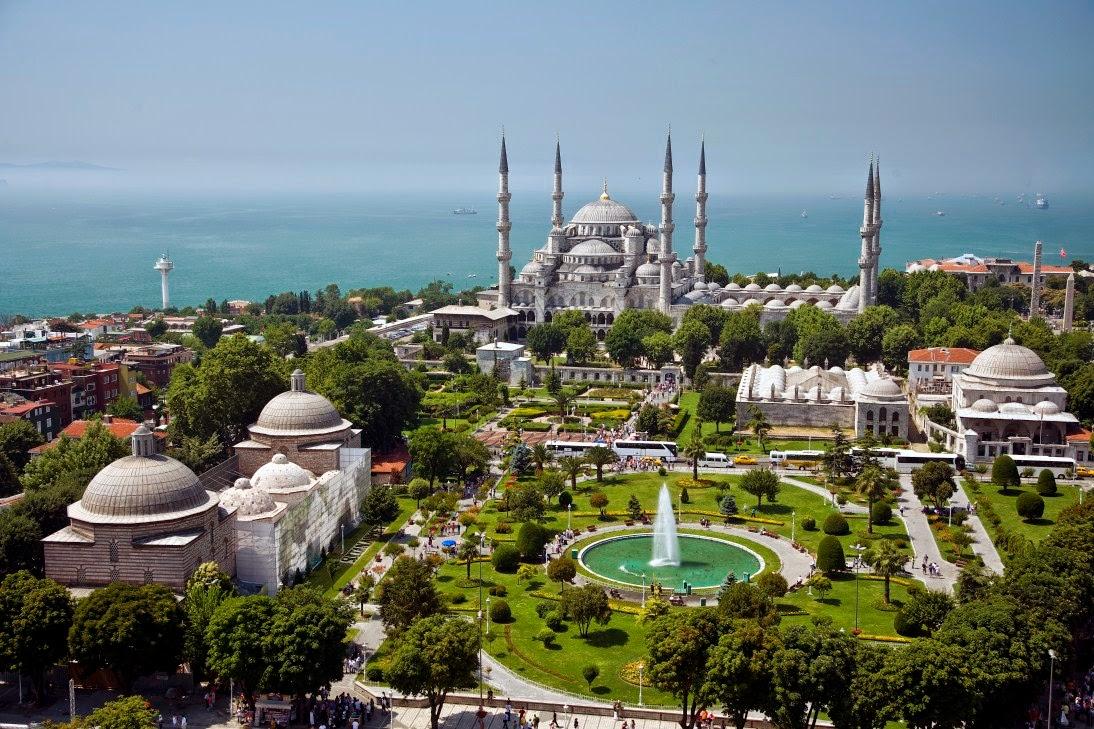 Paket Umroh Plus Turki Murah