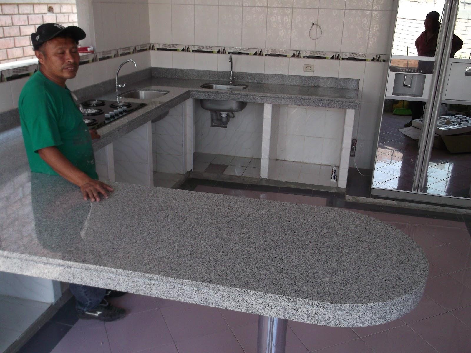 Encimeras mesas tablero cocina granito marmol piedra natural for Marmoles y granitos para cocinas