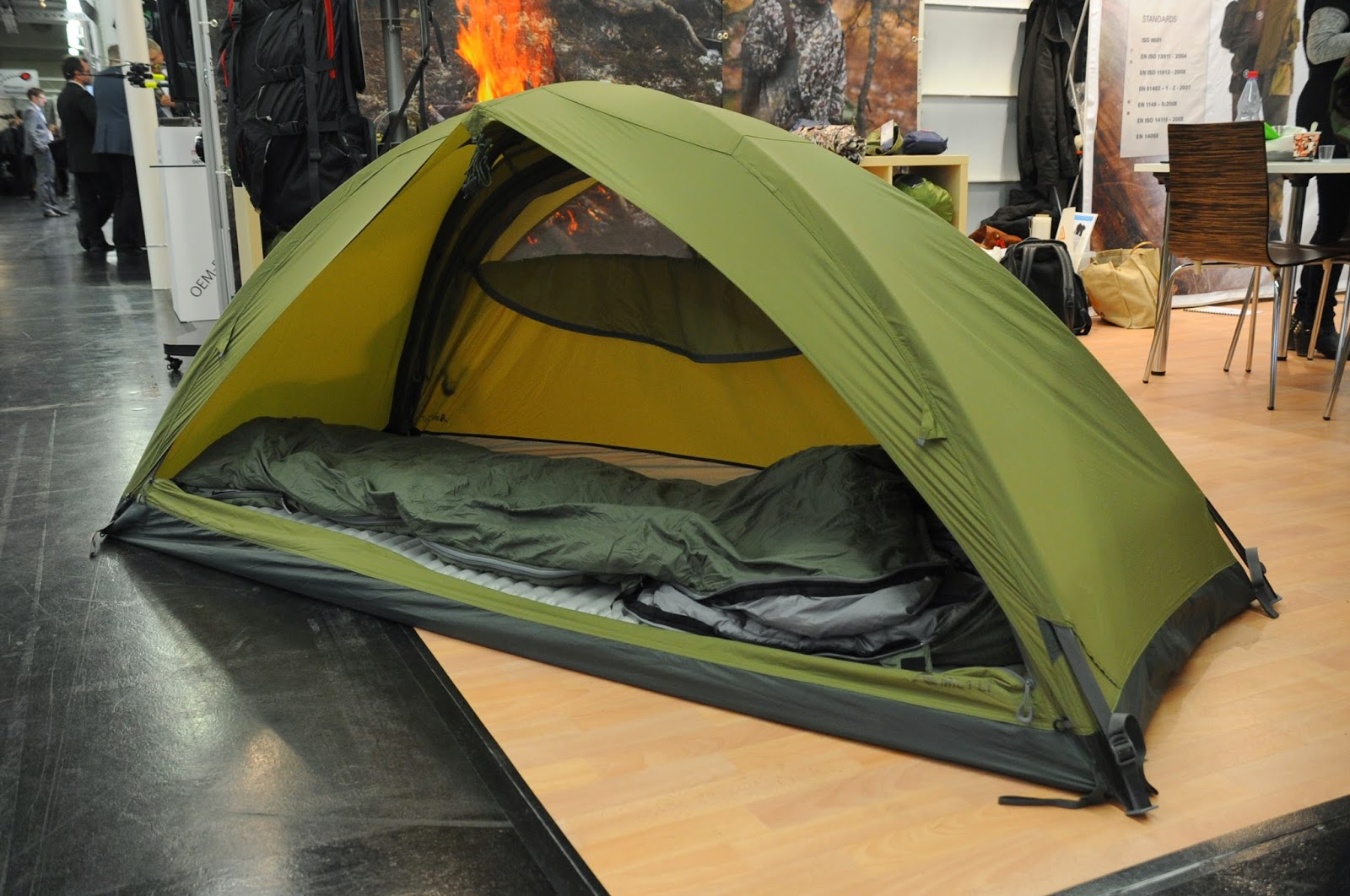 HELSPORTu0027s VARANGER DOME is a large dome tent with the possibility for using a stove inside. There are two versions on for 4-6 persons and one for 8-10. & MILITARY TECHNOLOGY: Enforce Tac 2015: Tents for SOF and Infantry
