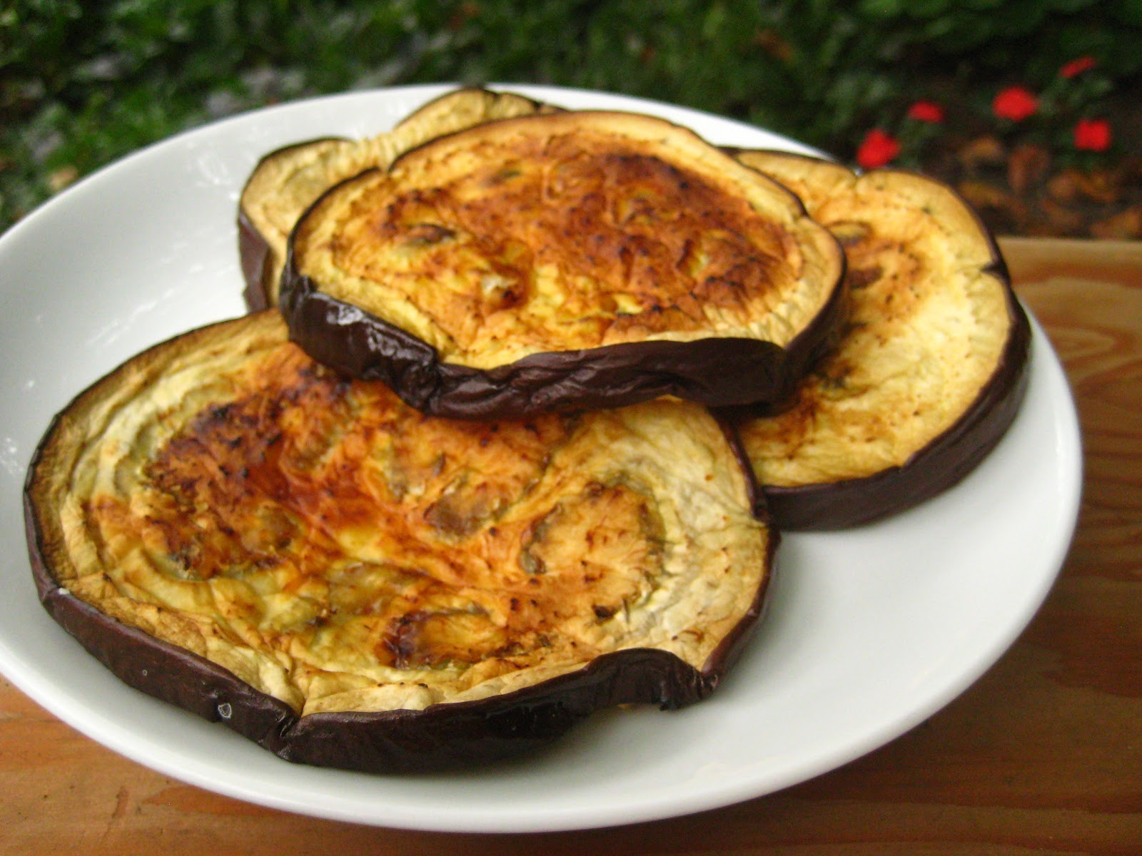 Little Toast: Grilled Eggplant Slices