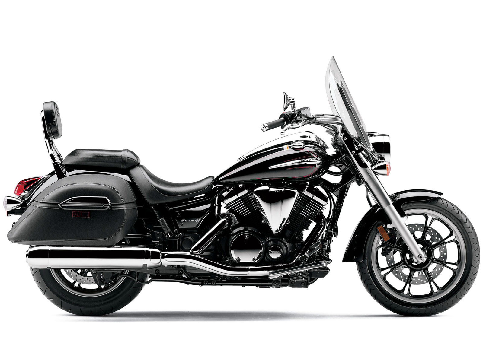 2015 Yamaha V-Star 1300 Tourer Review - Total Motorcycle