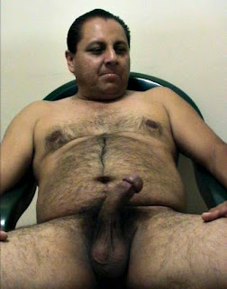 burlyfurrymen1000_5 Hairy Chubby Daddy Men