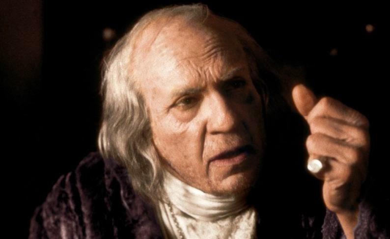 Murray Abraham, ici dans Amadeus, tourne Il mistero di Dante (Le Mystère de Dante)