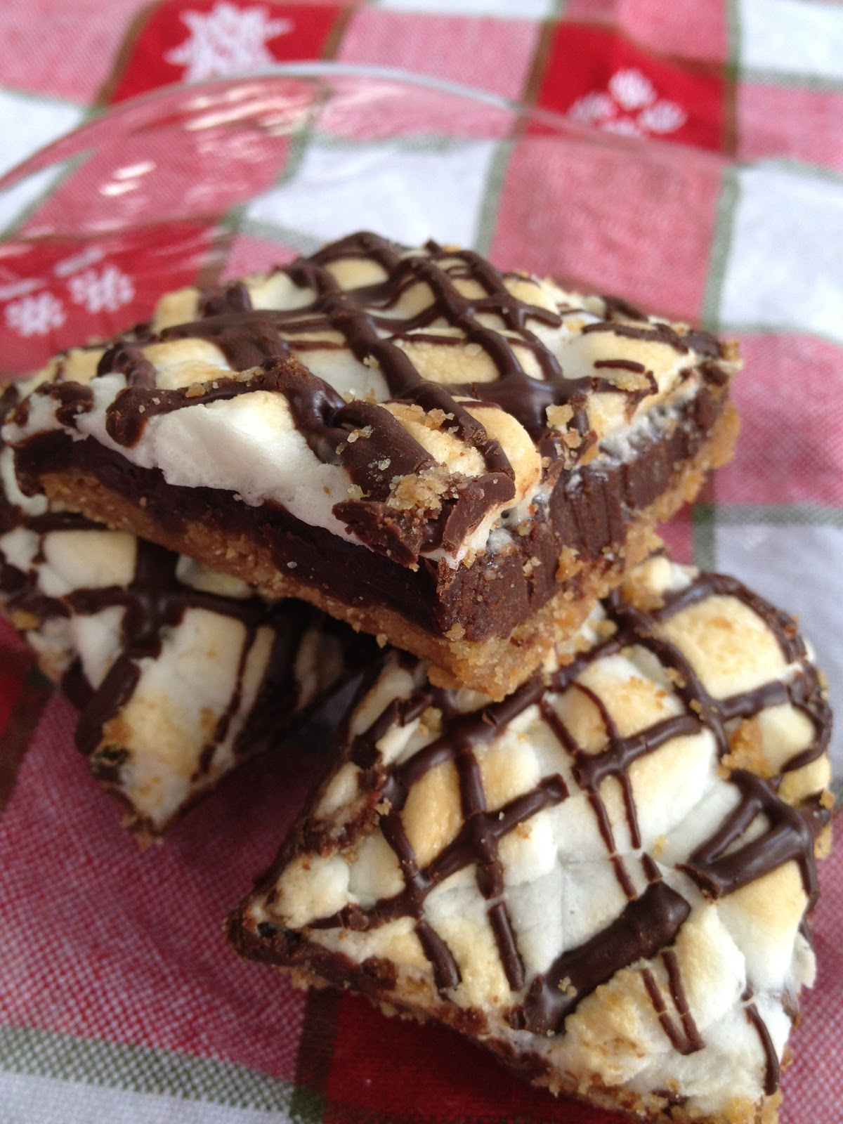 ... whimsies for spreading joy*: Toasted Marshmallow Summer S'more Bars