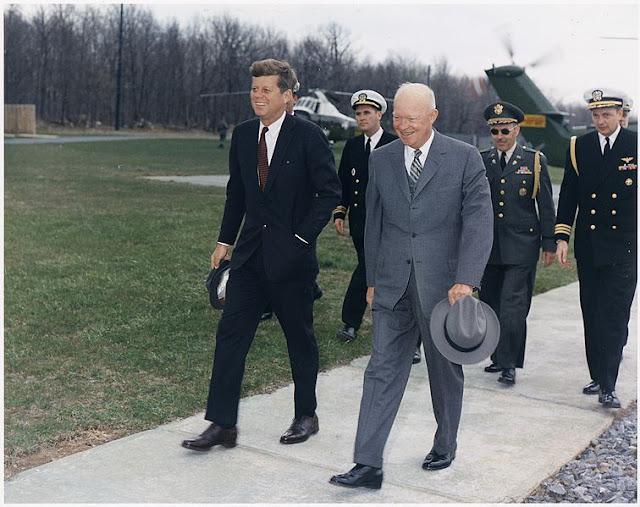 http://3.bp.blogspot.com/-AVYakgMiaUo/UHzEBcCdkMI/AAAAAAAAB2o/bJnG-5jbldY/s640/Eisenhower%252Ckennedy.jpg