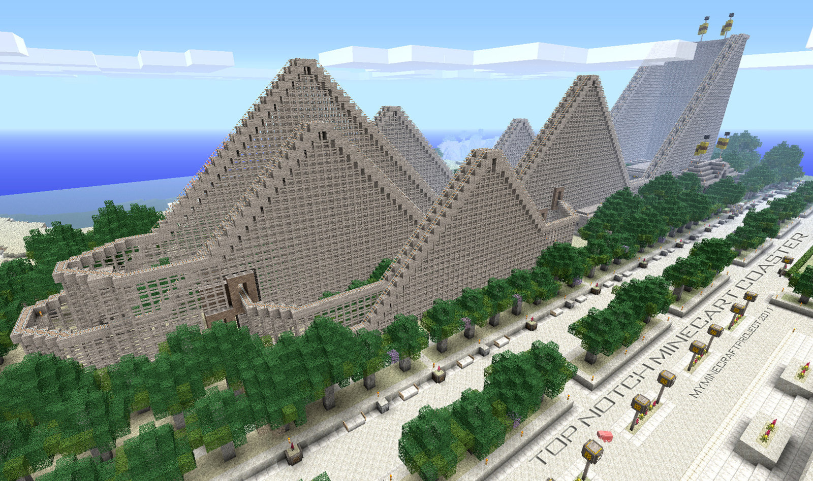 InSanity Lurks Inside Minecraft Theme Park Coming To New York Soon - New york map in minecraft