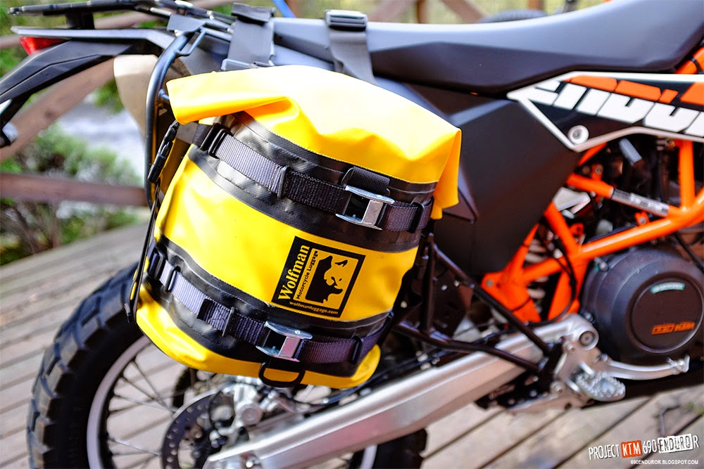 Wolfman Expedition Dry saddle bags mounted on Rally Raid luggage racks