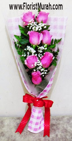 Rangkain Bunga Mawar Murah Untuk Valentine