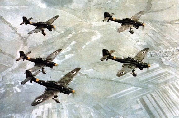 junkers-ju-87-stuka-dive-bomber-08.png