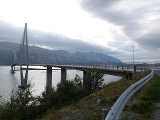 Helgelandsbruen
