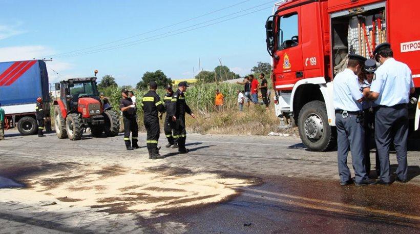 Φρίκη στην Πατρών-Κορίνθου: Λύθηκε το χειρόφρενο και το φορτηγό τους… έλιωσε