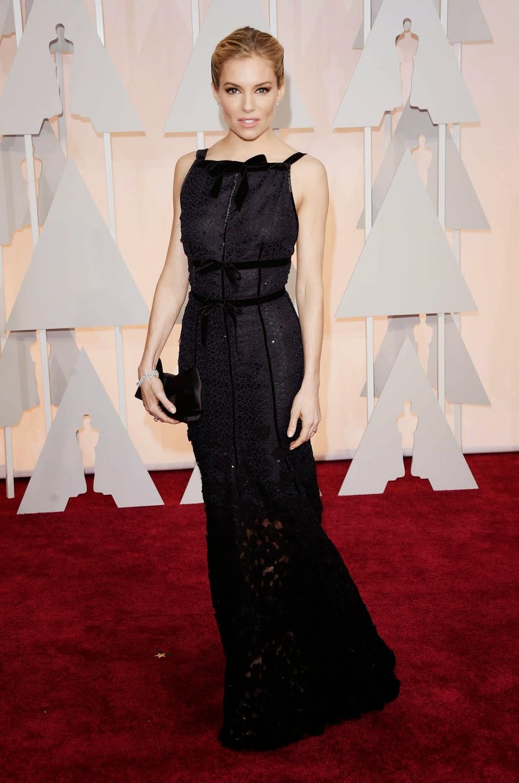 Sienna Miller wears Oscar de la Renta at the 2015 Oscars in Hollywood