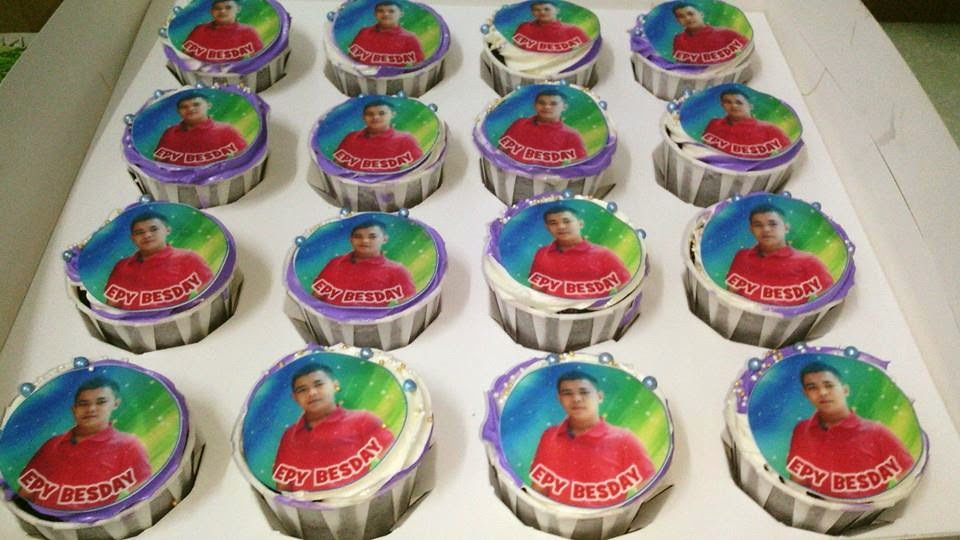 Cupcake with Customized Edible Image
