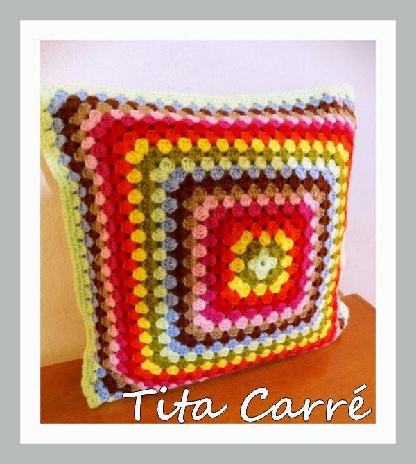Almofada de Granny  colorida em lã