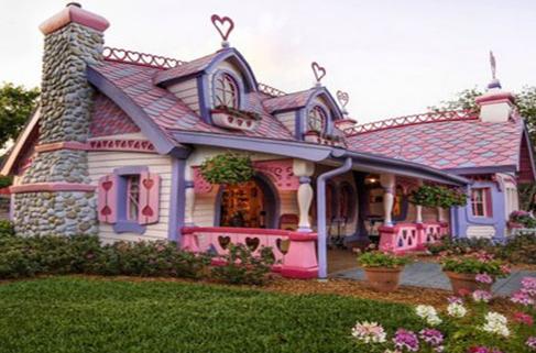 Rumah Hello Kitty Mewah