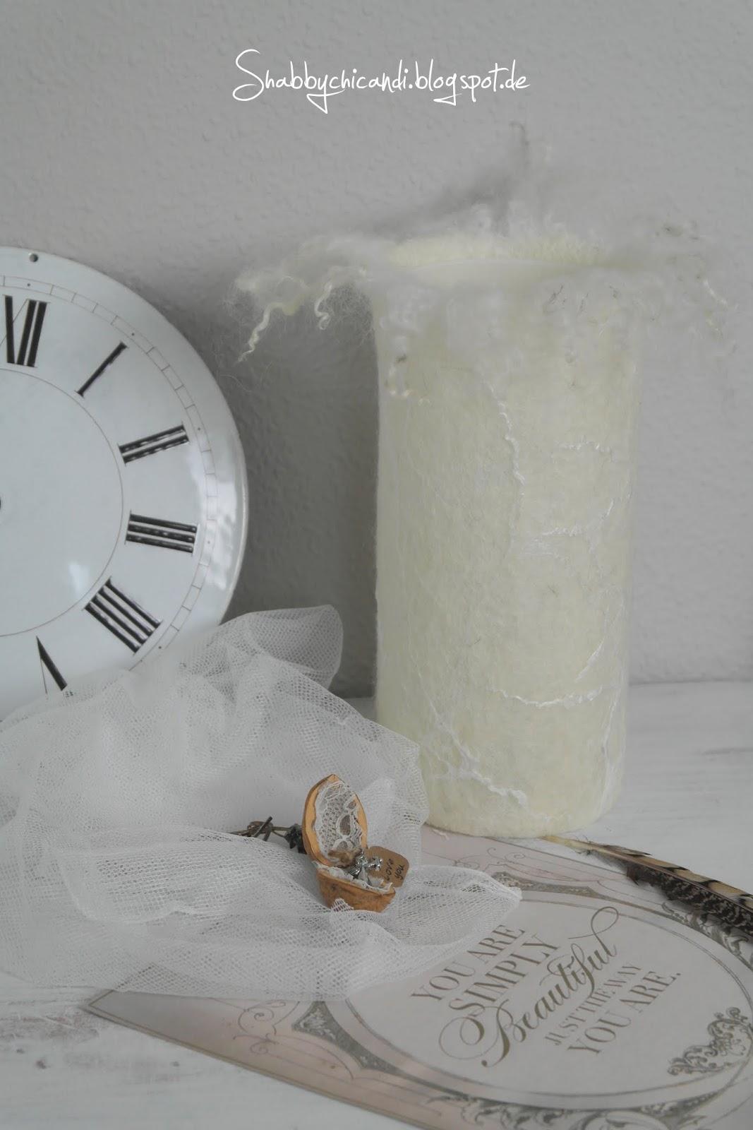 Gefiltzte Lampe in weiß