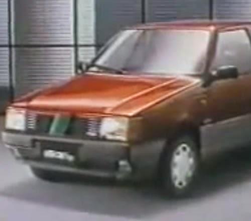 Propaganda de lançamento do Fiat Uno CS em 1988. Edição comemorativa de 1 milhão de carros vendidos no Brasil.