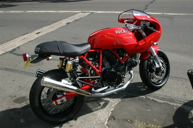 Ducati Sports 1000S | Deus ex Machina | Cafe racer