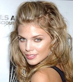 AnnaLynne McCord Hair Styles