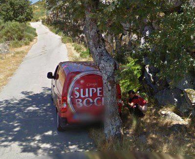 Homem apanhado a cagar pelo Google Maps