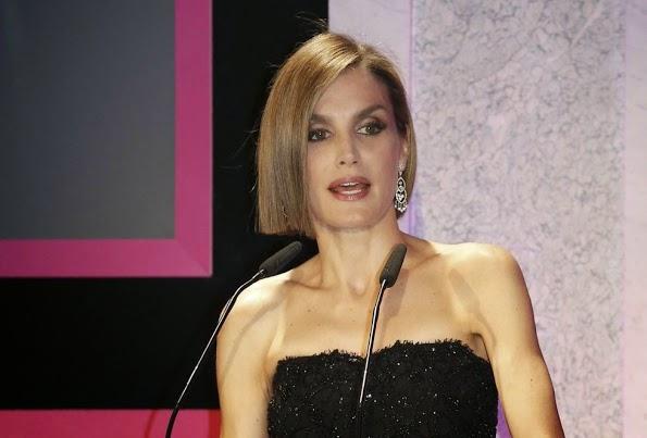 Queen Letizia Hosts Woman Magazine Awards Ceremony