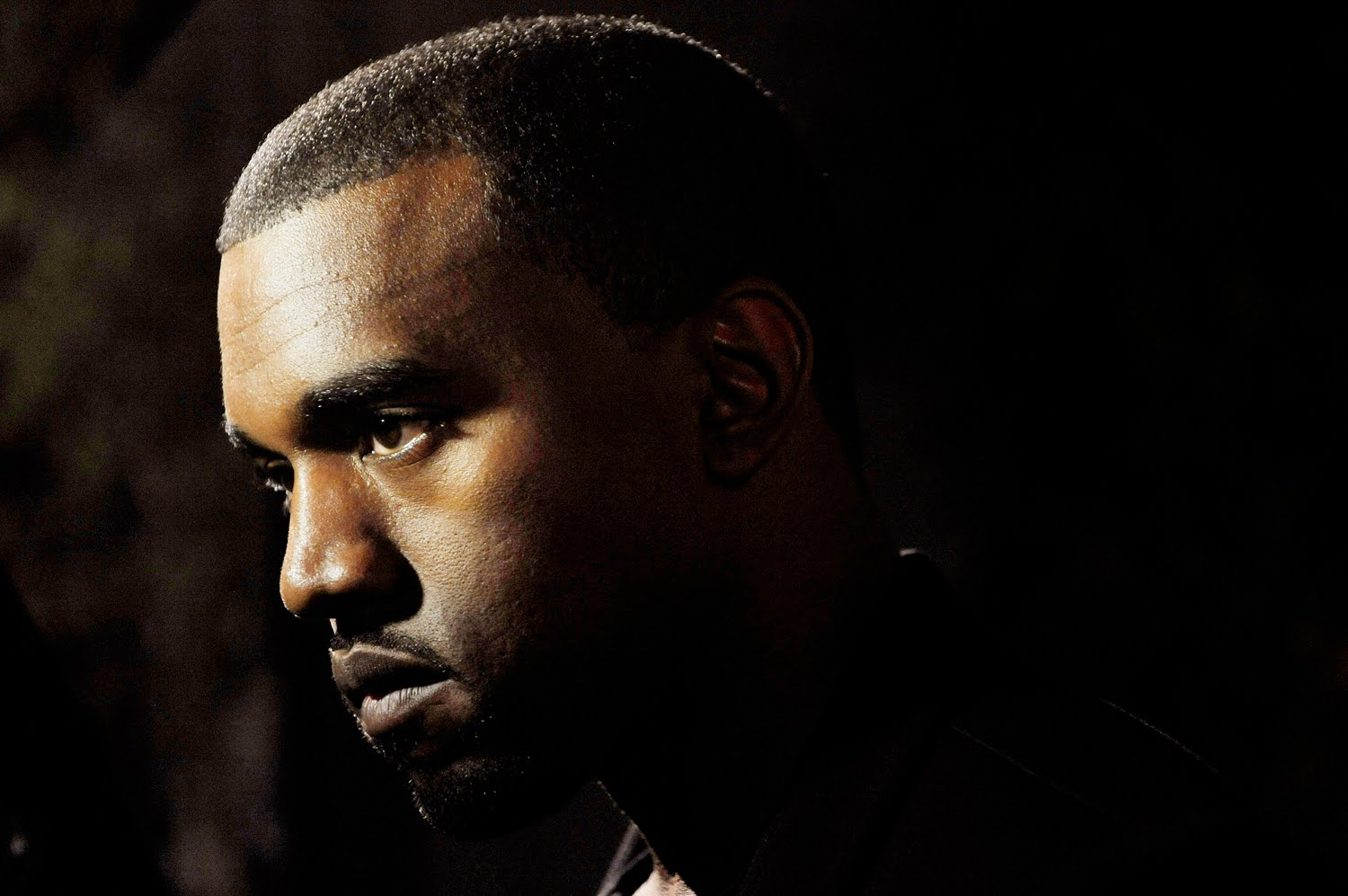 THE RAYDIO TWINs KANYE WEST DIDNT WANT TO SPEAK ON 106 & PARK