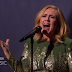 Adele cantó 'Hello' por primera vez para la televisión