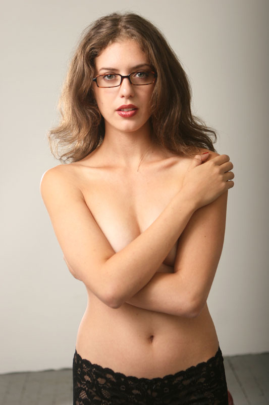 naked therapist sarah white nude