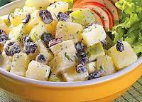 Maionese com Batata, Maçã e Passas (vegana)