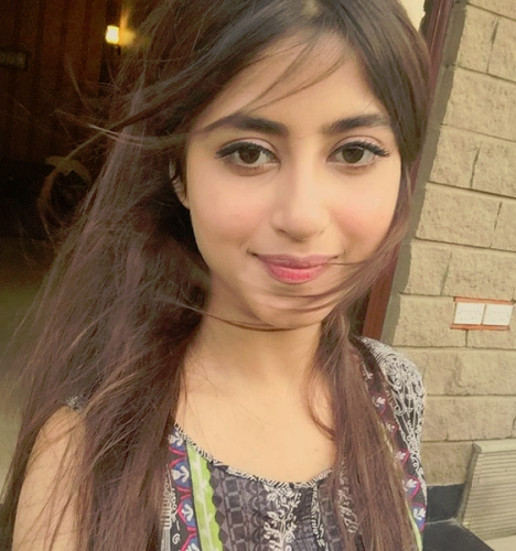 Actress Sajal Ali Biography Cute Pictures Fashionip