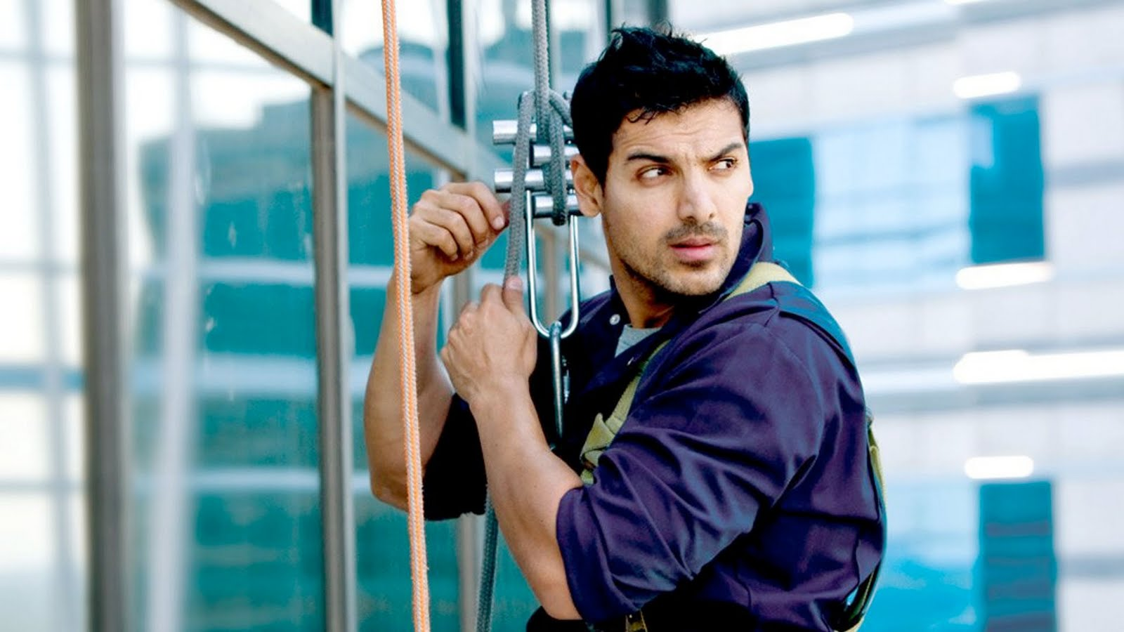wallpapers world : john abraham