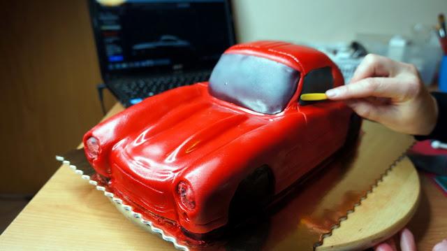 Mercedes-Benz 3D Cake Design Online