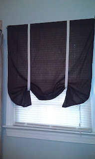 DIY Bathroom Curtain