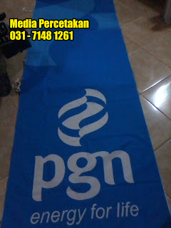 Cetak spanduk kain Surabaya, cetak umbul - umbul Surabaya