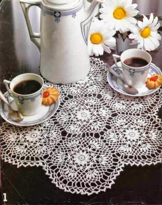 Carpeta tejida crochet delicada con hexagonos