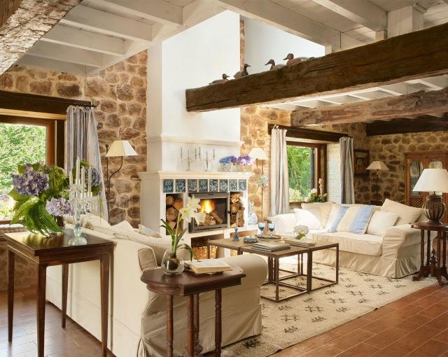 Un antiguo establo an old stable - Salones de casas de campo ...