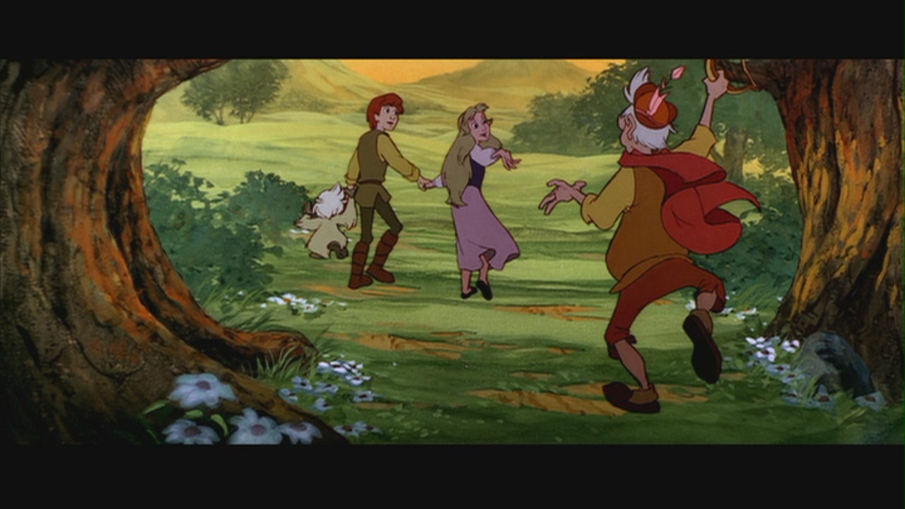 Fflam running to join Taran and Eilonwy Black Cauldron 1985 animatedfilmreviews.blogspot.com