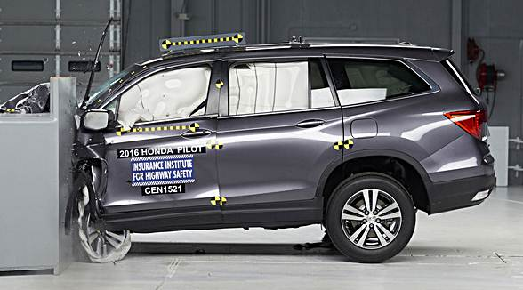 2016 Honda Pilot Earns Top Safety Pick Plus Rating