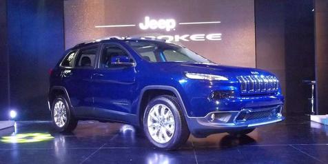 Kehadiran Jeep Cherokee Terbaru Tak Akan 'Gigit' Saudara Sendiri