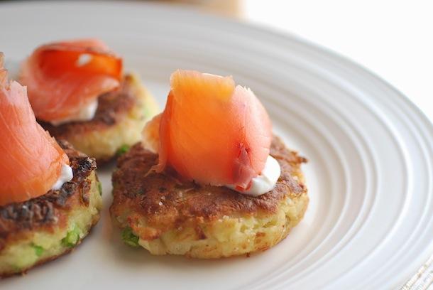 Colcannon Cakes with Smoked Salmon (Fried Mashed Potato Cakes ...