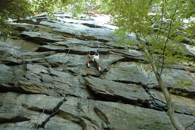 Rock Climbing in Bubba City, New River Gorge, WV