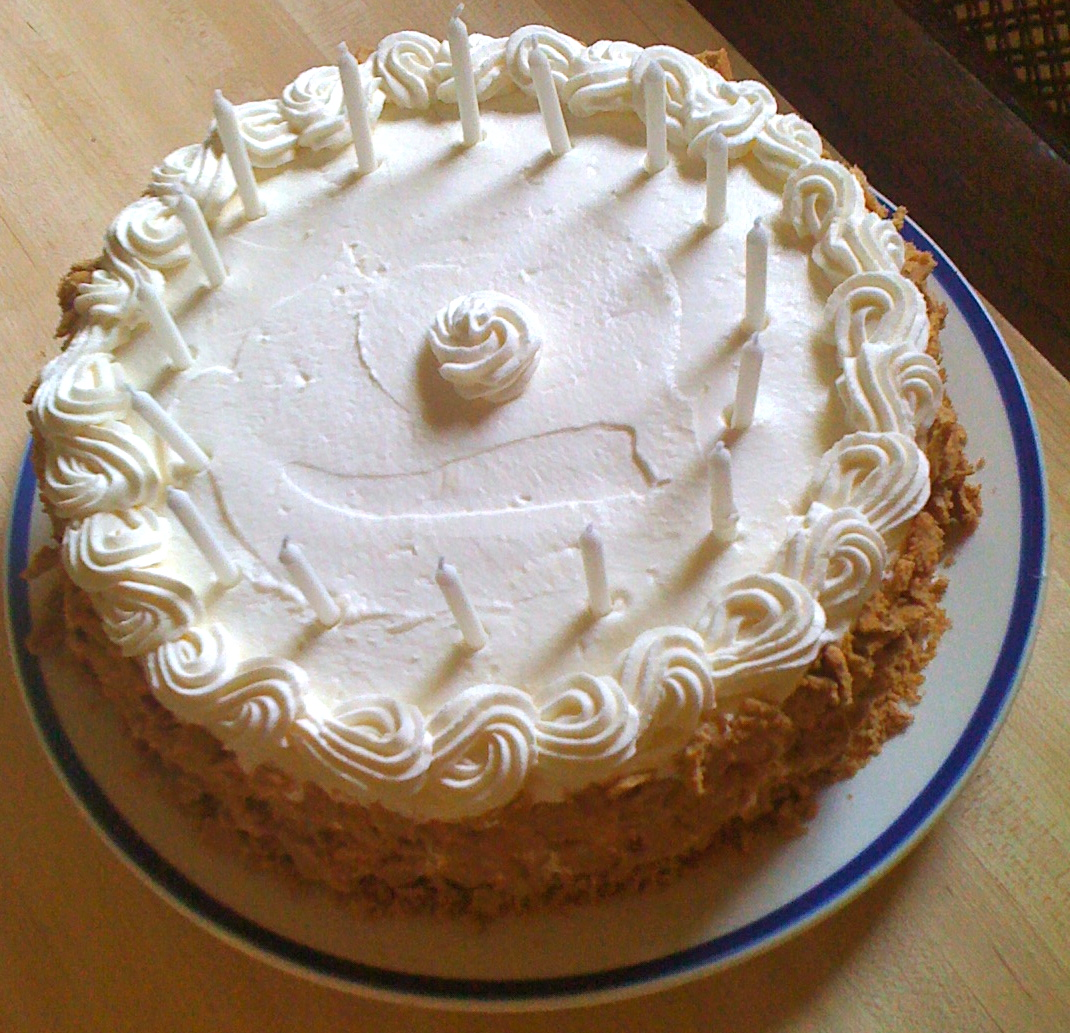 Blonde in the Kitchen: Almost Cannoli Cake