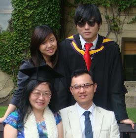 参加儿子的毕业典礼
