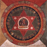 http://3.bp.blogspot.com/-AZeiZcs8d94/UFTwUQQbUYI/AAAAAAAAS_4/F_AgjFBFPhA/s1600/Tibetan+mandala+of+the+Naropa+tradition.+Vajrayogini+stands+in+the+center+of+two+crossed+red+triangles+-+19th+Century.jpg