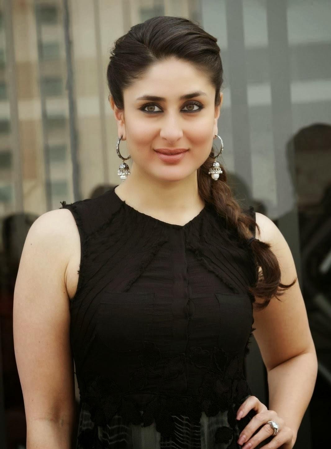 Kareena Kapoor in black outfit